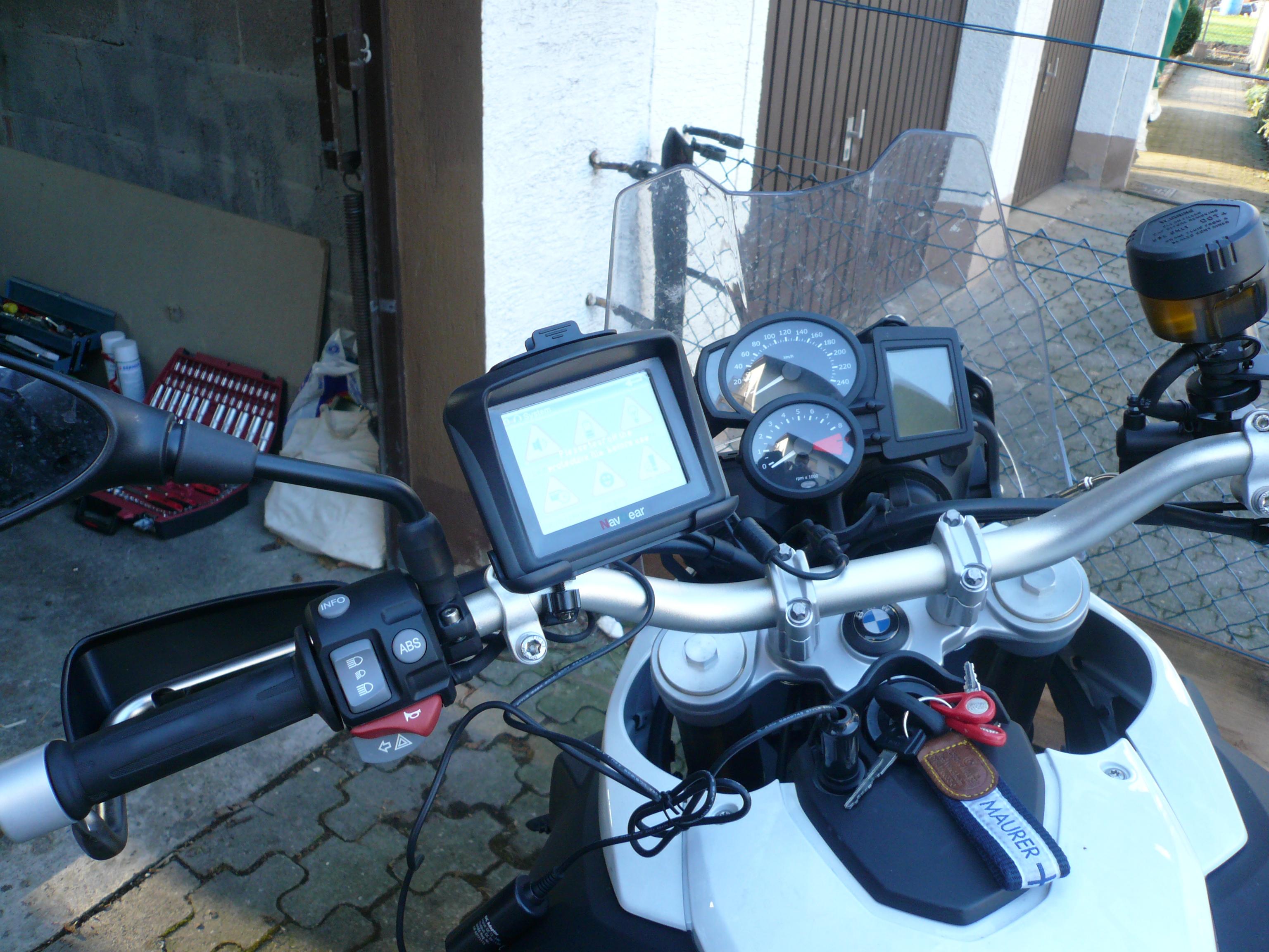 Tourmate MX-350 montiert an der BMW F800GS