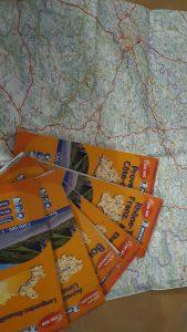 Wer in Frankreich unterwegs ist, kommt an diesen Karten nicht vorbei