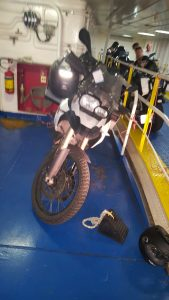 Motorrad in der Fähre