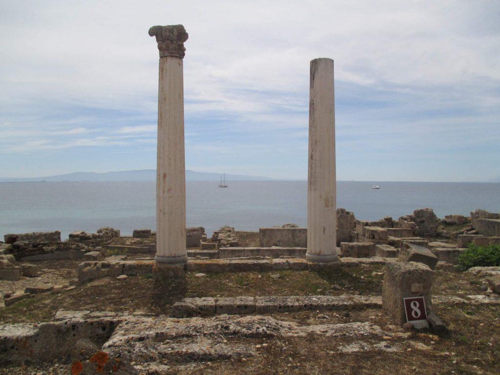 Säulen in Tharros