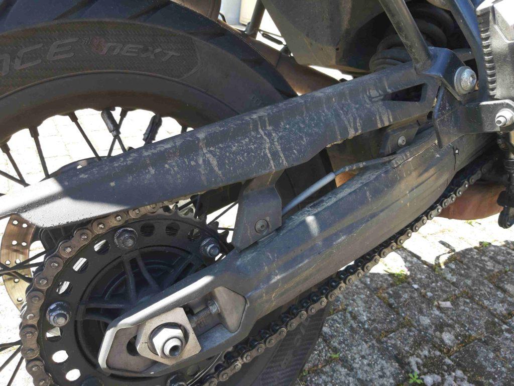 Hinterradschwinge, schmutzig