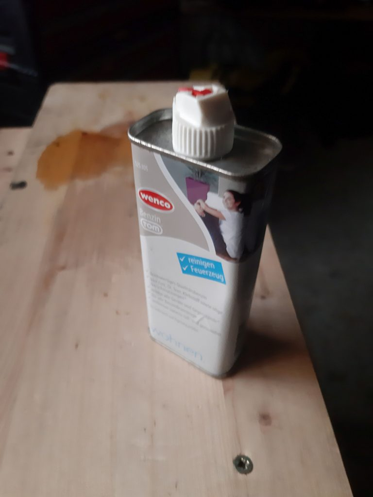 Feuerzeugbenzin